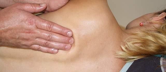 Massaggio per mal di schiena