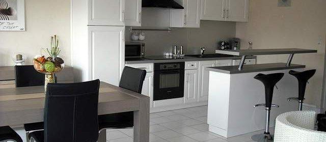 Sedie in cucina moderna
